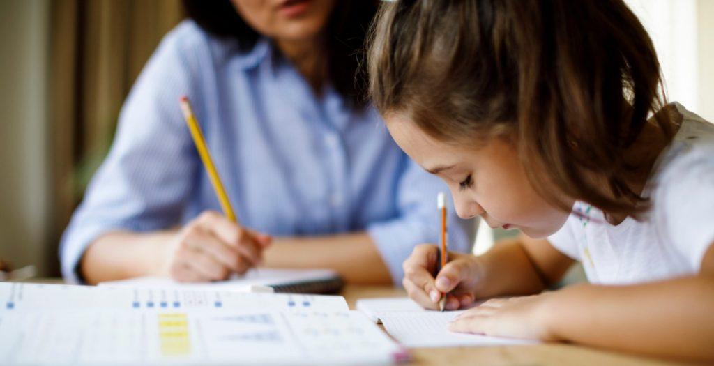 Como criar um ambiente de estudos em casa?
